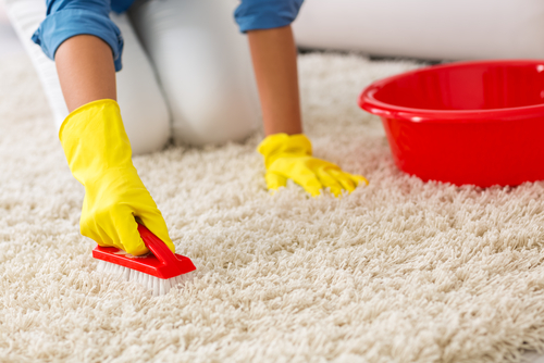 How To Clean Dirty Carpet Without Machine?